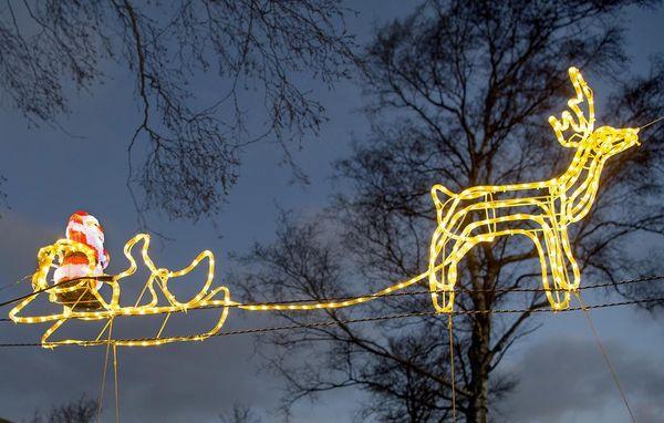 Godt Hvad koster udendørs julelys i strøm? HK97