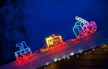 Ny Tusindvis af julelys over villavejen BB78