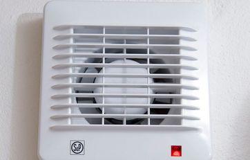 Kæmpestor Sådan rengør du ventilator og aftræk på badeværelset CH58