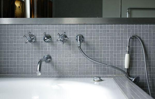 mosaiksten til badeværelse